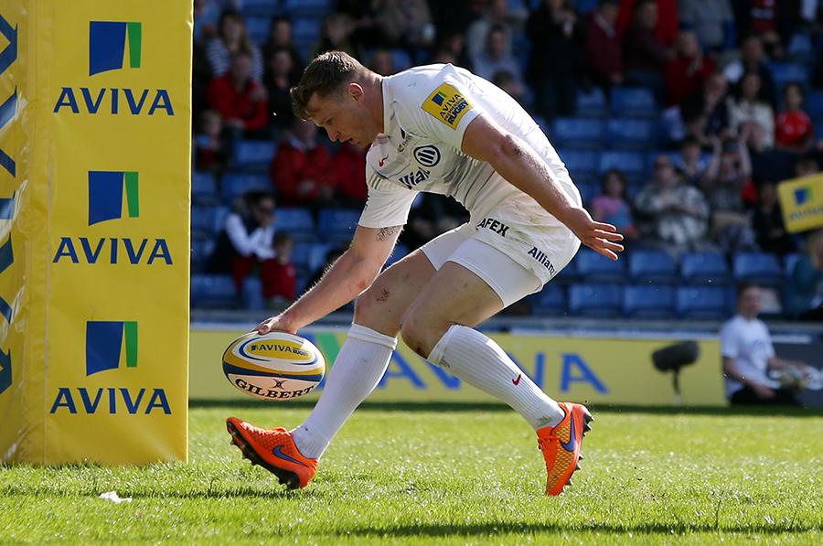 Chris Ashton touches down for a try