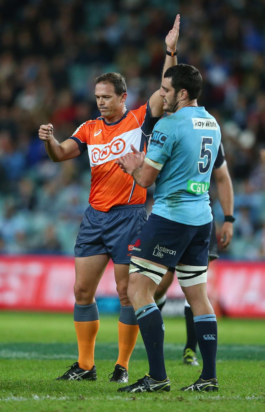 Referee Rohan Hoffmann awards a penalty against the Sharks, Waratahs v Sharks, Super Rugby, Allianz Stadium, Sydney, May 16, 2015