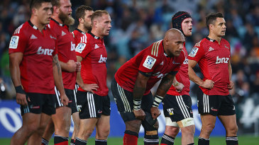 The Crusaders watch on in disappointment, Waratahs v Crusaders, Sydney, May 23, 2015