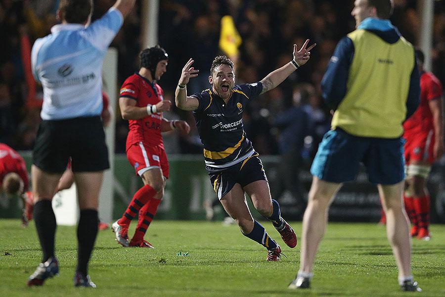 Worcester's Ryan Lamb celebrates his match-winning conversion