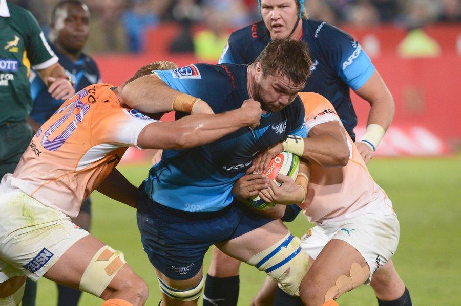 Flip van der Merwe of the Bulls takes on the Cheetahs defence