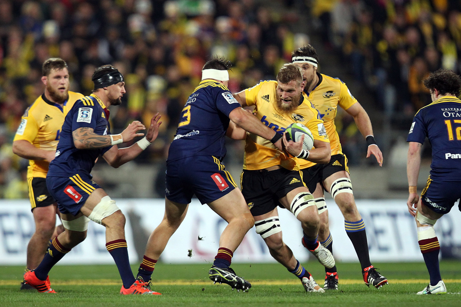 The Hurricanes' Brad Shields on the charge