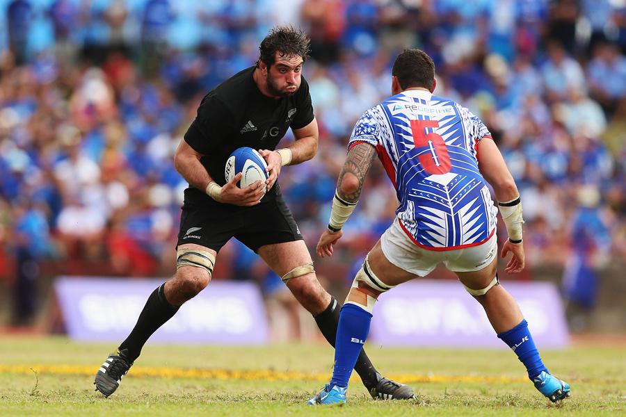 New Zealand's Sam Whitelock charges forward