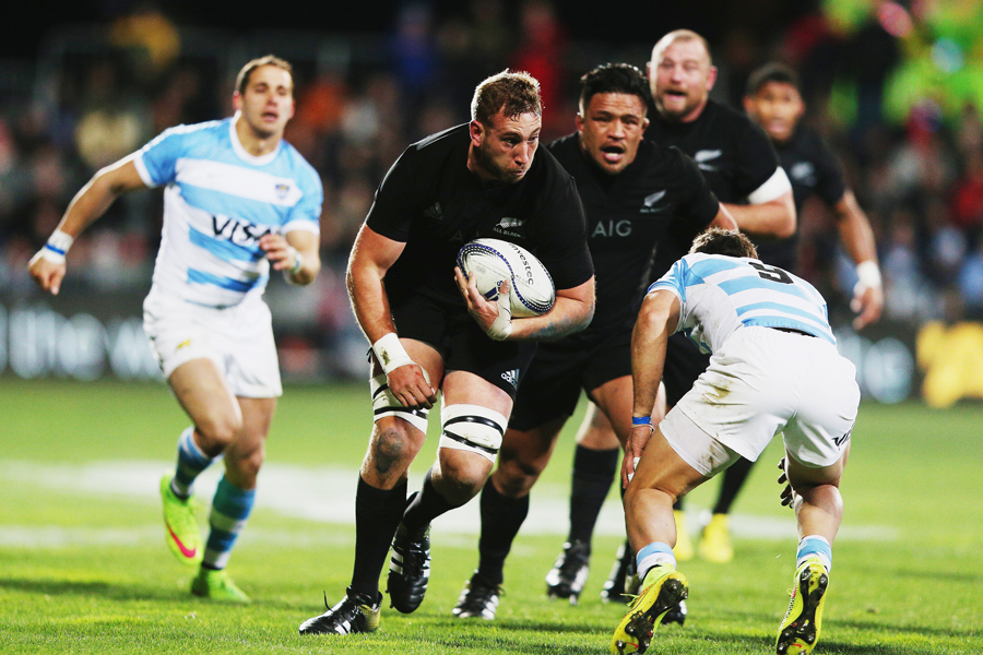 New Zealand's Luke Romano on the charge
