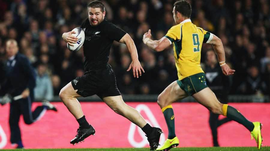 New Zealand's Dane Coles outsprints Nick White to score a try, New Zealand v Australia, Bledisloe Cup, Eden Park, Auckland, August 15, 2015