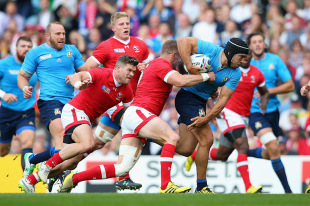 LEEDS, ENGLAND - SEPTEMBER 26:  Edoardo Gori of Italy is tackled by Matt Evans of Canada during the 2015 Rugby World Cup Pool D match between Italy and Canada at Elland Road on September 26, 2015 in Leeds, United Kingdom.  (Photo by Alex Livesey/Getty Images)