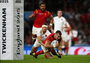 LONDON, ENGLAND - SEPTEMBER 26:  Gareth Davies of Wales goes over to score a try during the 2015 Rugby World Cup Pool A match between England and Wales at Twickenham Stadium on September 26, 2015 in London, United Kingdom.  (Photo by Paul Gilham/Getty Images)