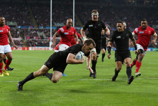 NEWCASTLE UPON TYNE, ENGLAND - OCTOBER 09:  Ben Smith of the New Zealand All Blacks scores the first try during the 2015 Rugby World Cup Pool C match between New Zealand and Tonga at St James' Park on October 9, 2015 in Newcastle upon Tyne, United Kingdom.  (Photo by Jan Kruger/Getty Images)