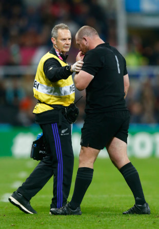 Tony Woodcock walks off the pitch after suffering an injury, New Zelaand v Tonga, Rugby World Cup, Newcastle, October 9, 2015