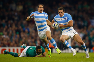 CARDIFF, WALES - OCTOBER 18: Juan Imhoff of Argentina evades Dave Kearney of Ireland during the 2015 Rugby World Cup Quarter Final match between Ireland and Argentina at the Millennium Stadium on October 18, 2015 in Cardiff, United Kingdom. (Photo by Laurence Griffiths/Getty Images)