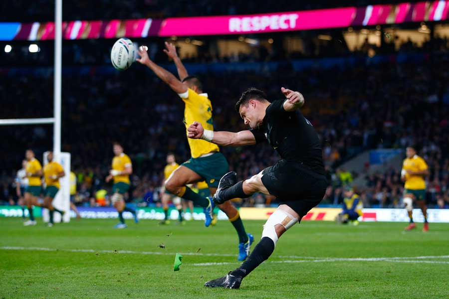 New Zealand's Dan Carter kicks a conversion