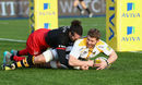 Thomas Young of Wasps beats Mike Ellery of Saracens