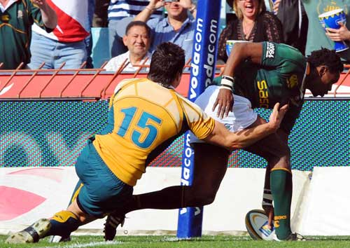 Jongi Nokwe touches down