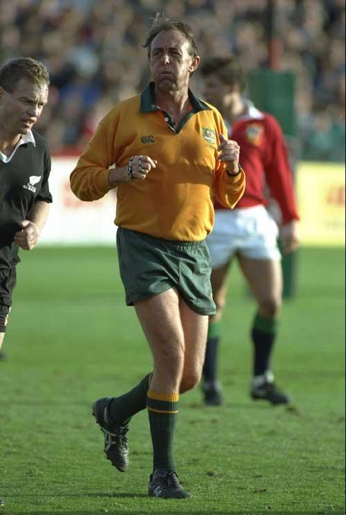 Australian referee Brian Kinsey
