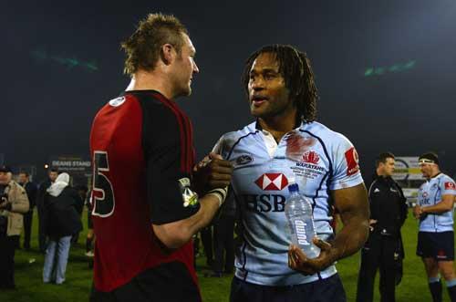 Ali Williams and Lote Tuqiri shake hands
