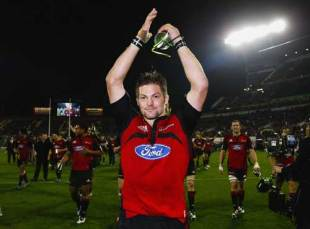 Crusaders captain Richie McCaw applauds the home support at Lancaster Park, Crusaders v Waratahs, Super 14 final, Lancaster Park, May 31 2008.