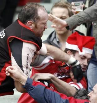 Toulouse lock Trevor Brennan hits Ulster fan Patrick Bamford, Toulouse v Ulster, Heineken Cup, January 21, 2007