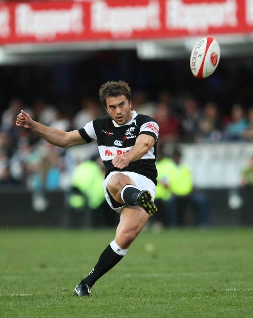 Sharks fly-half Juan Martin Hernandez kicks a conversion in Durban