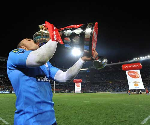 Blue Bulls wing Bryan Habana celebrates with the Currie Cup