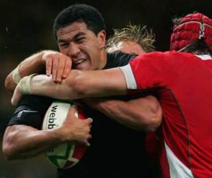 New Zealand fullback Mils Muliaina crashes in to the Wales defence, Wales v New Zealand, Millennium Stadium, November 22, 2008