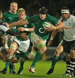 Ireland's Stephen Ferris holds off Fiji's Isireli Ledua, Ireland v Fiji, RDS, Dublin, Ireland, November 21, 2009