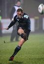Glasgow fly-half Dan Parks slots a penalty