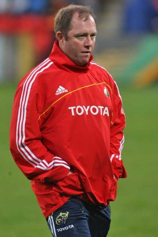 Munster coach Tony McGahan prepares for a game, Glasgow Warriors v Munster, Magners League, Firhill Arena, Glasgow, Scotland, September 4, 2009