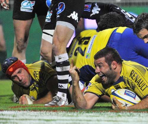 Clermont prop Lionel Faure celebrates a try