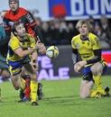 Clermont scrum-half Morgan Parra feeds his backline