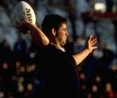 New Zealand hooker Warren Gatland prepares to throw in